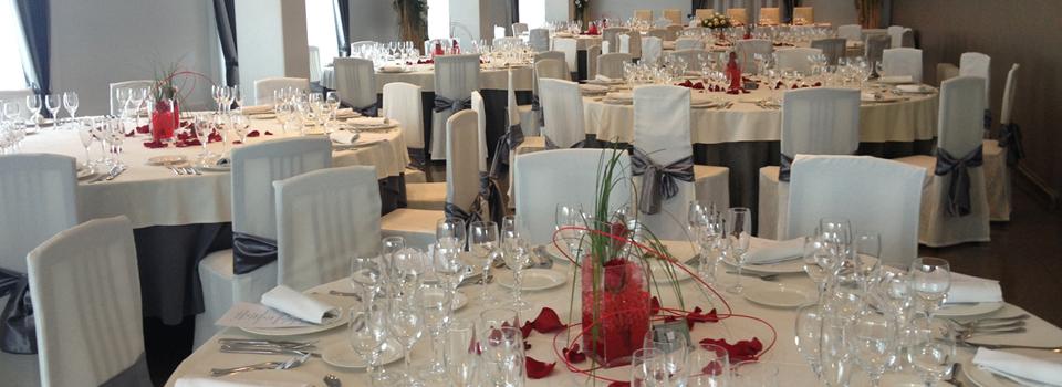 En els espais del Restaurant Idoni de Vic podreu gaudir de sopars romàntics, celebracions, casaments i comunions, convencions i negocis i sopars d'empresa